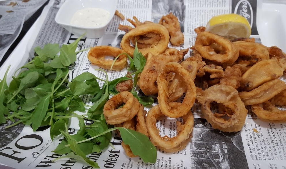 fried calamari - split