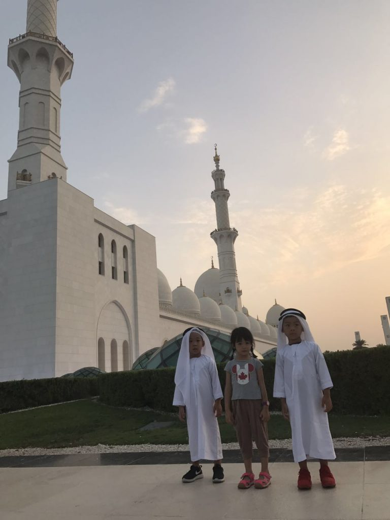 lovely kids at Sheikh Zayed Grand Mosque, Abu Dhabi